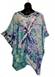 The Warmth of Snow on Woven Cotton Tunic
